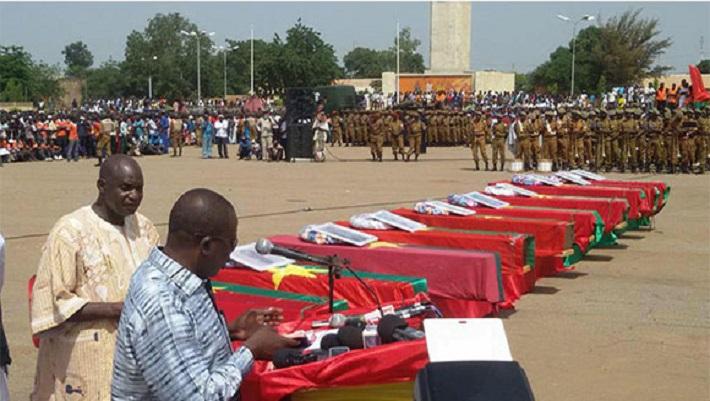 Les corps des dix  victimes du coup d'État manqué