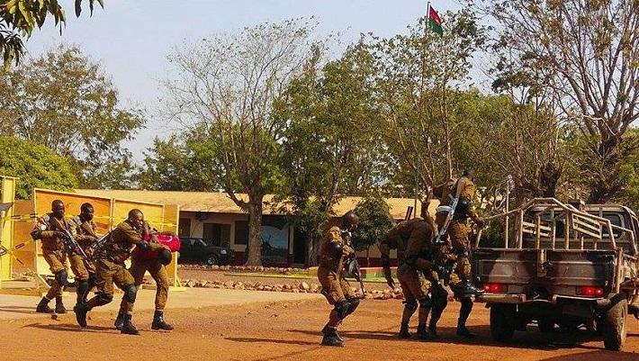 Il s'est agi de simulations d'attaques d'ennemis civilo-militaires